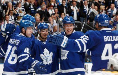Maple Leafs si v prvním domácím zápase poradili s Bostonem