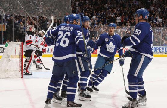 Leafs v pohodě přehráli Devils