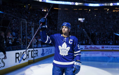 Toronto jmenovalo Johna Tavarese novým kapitánem