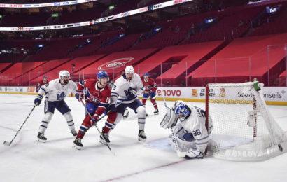 Maple Leafs vyhráli bitvu ve třetím zápase a ujímají se vedení v sérii